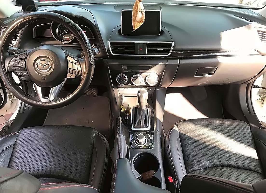 Bán Mazda 3 1.5 AT đời 2016, màu trắng, số tự động (3)