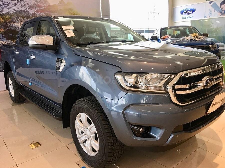 Bán Ford Ranger XLT 4x4 số tay, màu xanh thiên thanh, nhập khẩu nguyên chiếc, giá 654 triệu - Liên hệ 0979077936 (3)