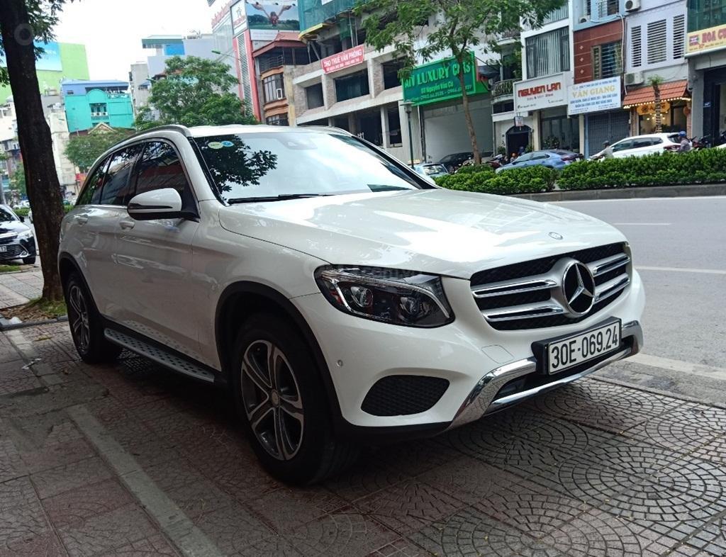 Bán Mercedes GLC 250, SX 2016, Số 71-73 Nguyễn Văn Cừ, Hà Nội (2)