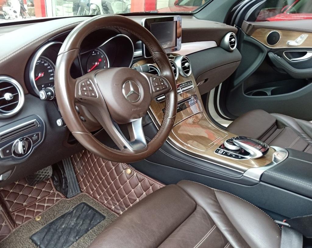 Bán Mercedes GLC 250, SX 2016, Số 71-73 Nguyễn Văn Cừ, Hà Nội (9)