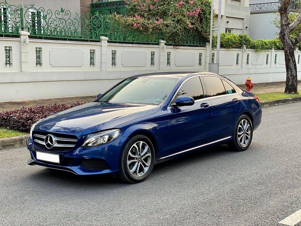 MBA Auto - Bán xe Mercedes C200 xanh/kem 2018 cũ giá tốt - trả trước 450 triệu nhận xe ngay (2)
