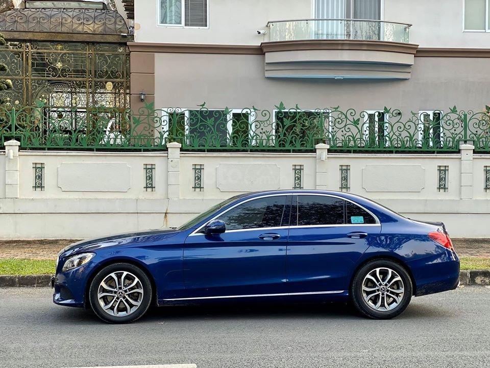 MBA Auto - Bán xe Mercedes C200 xanh/kem 2018 cũ giá tốt - trả trước 450 triệu nhận xe ngay (3)