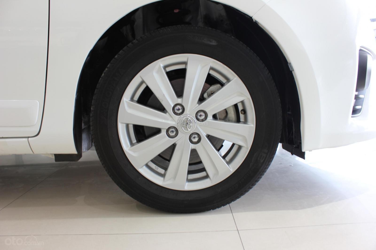 Cần bán xe Toyota Yaris 1.3G sx 2015, màu trắng, nhập Thái. Xem xe có giá tốt (8)