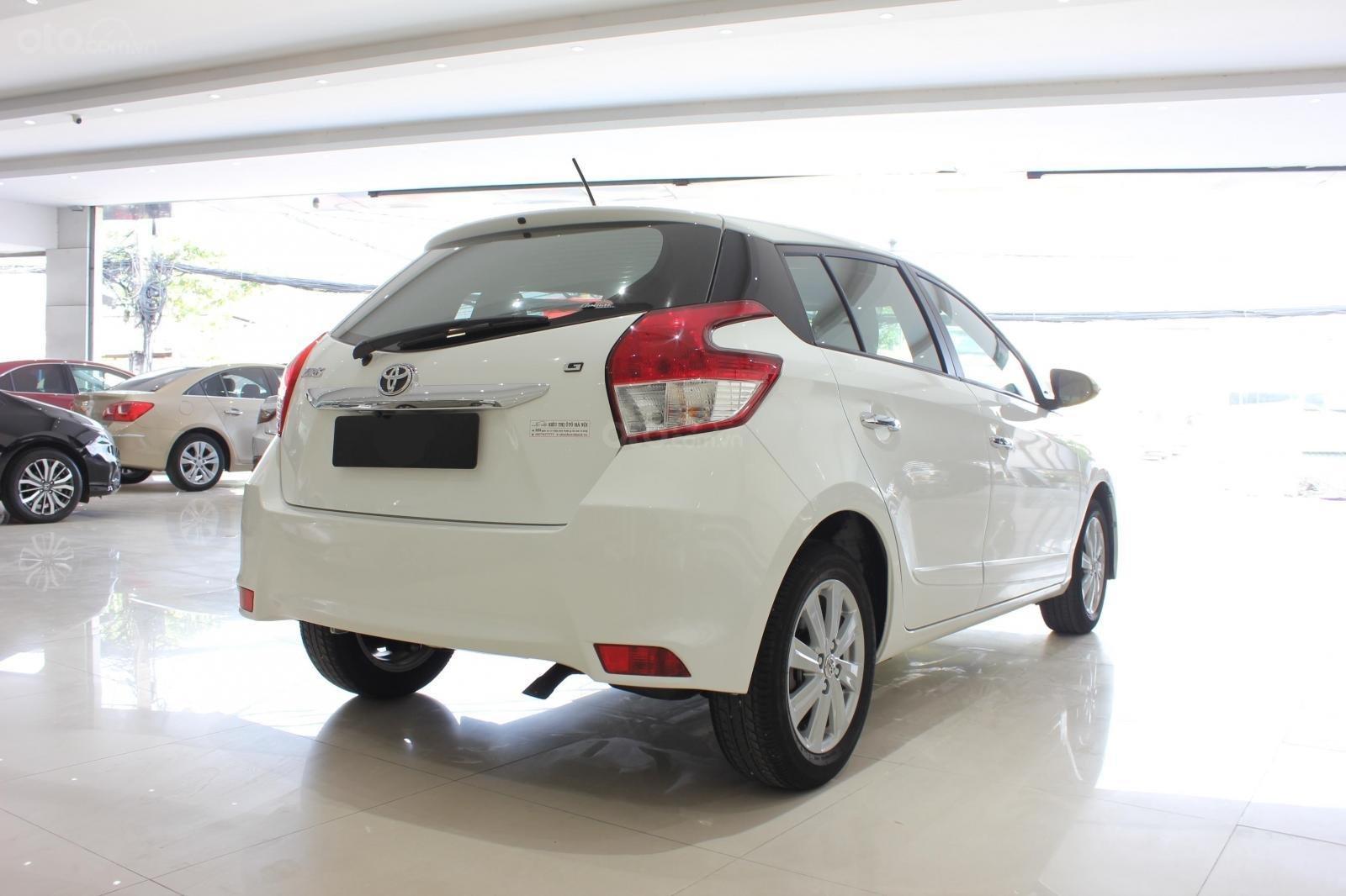 Cần bán xe Toyota Yaris 1.3G sx 2015, màu trắng, nhập Thái. Xem xe có giá tốt (7)