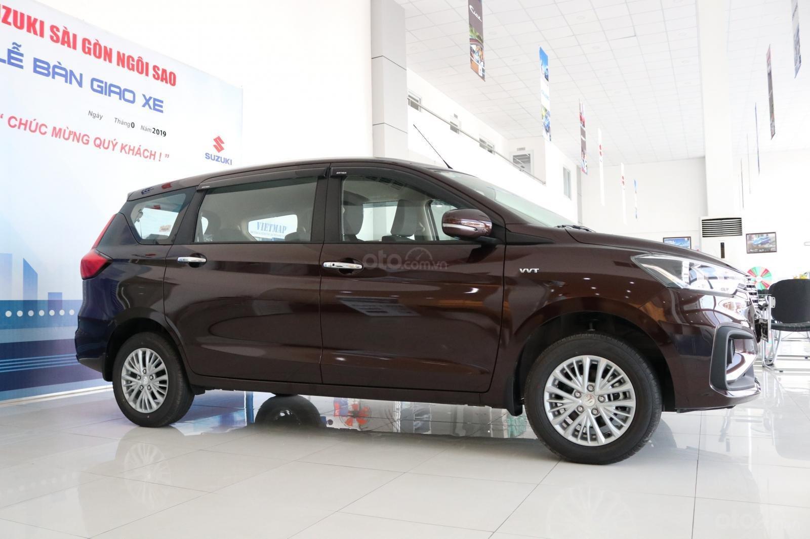 Bán xe Suzuki Ertiga nhập khẩu giao ngay màu đen, trắng, bạc và nâu liên hệ 0933460777 (2)