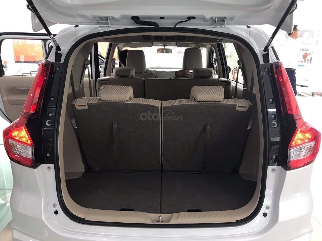 Bán xe Suzuki Ertiga nhập khẩu giao ngay màu đen, trắng, bạc và nâu liên hệ 0933460777 (3)
