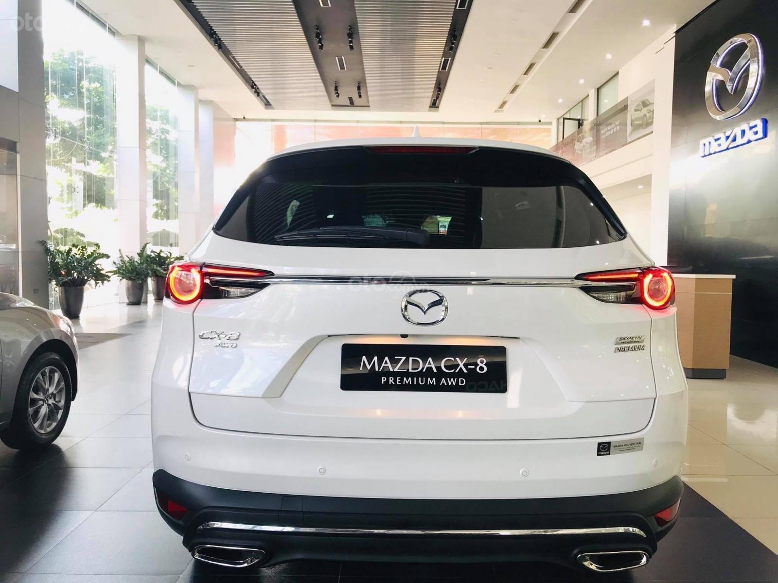 Cần bán nhanh chiếc xe Mazda CX-8 Premium AWD năm sản xuất 2019, màu trắng - Giao xe tận nhà miễn phí (10)