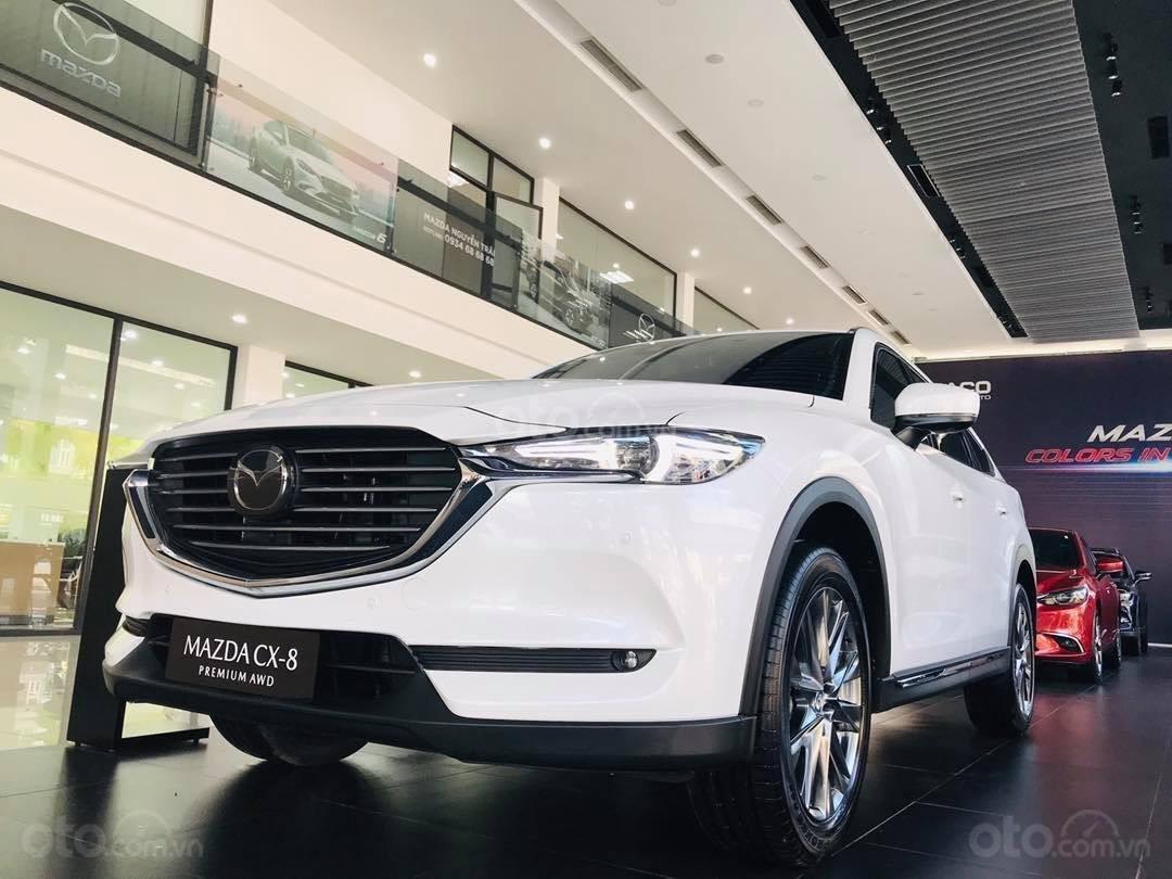 Cần bán nhanh chiếc xe Mazda CX-8 Premium AWD năm sản xuất 2019, màu trắng - Giao xe tận nhà miễn phí (1)