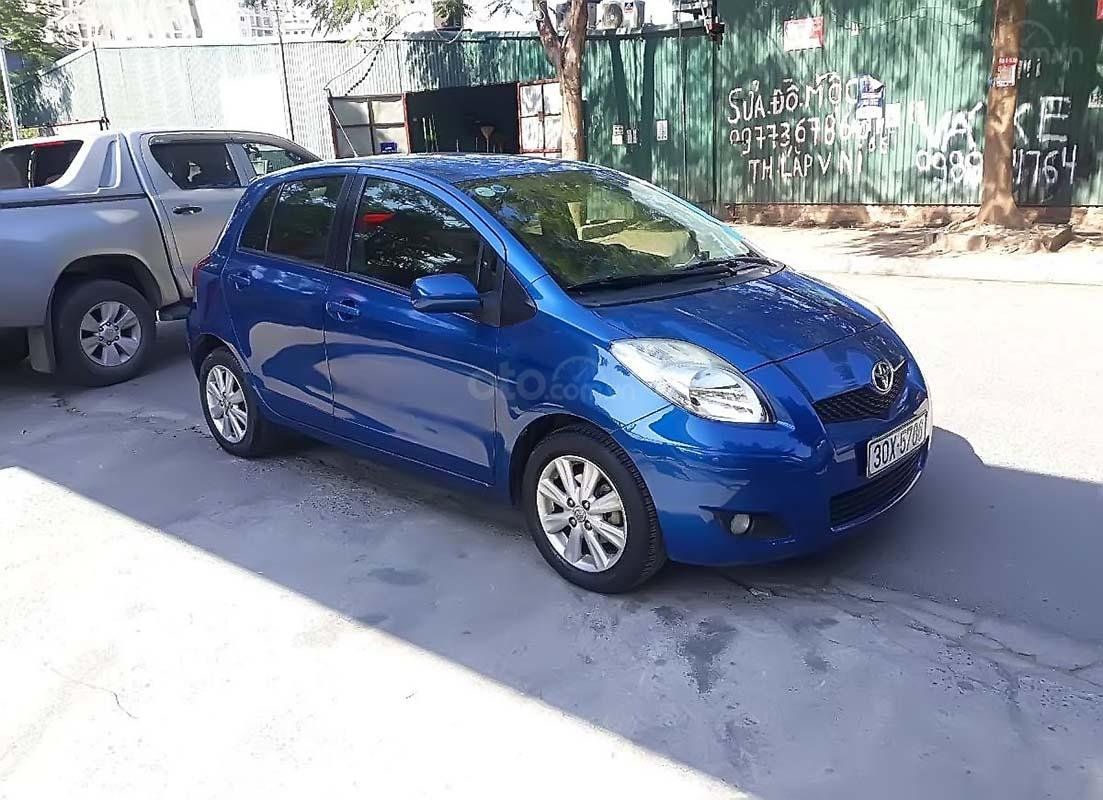 Cần bán lại xe Toyota Yaris năm sản xuất 2010, màu xanh lam, nhập khẩu chính hãng (1)