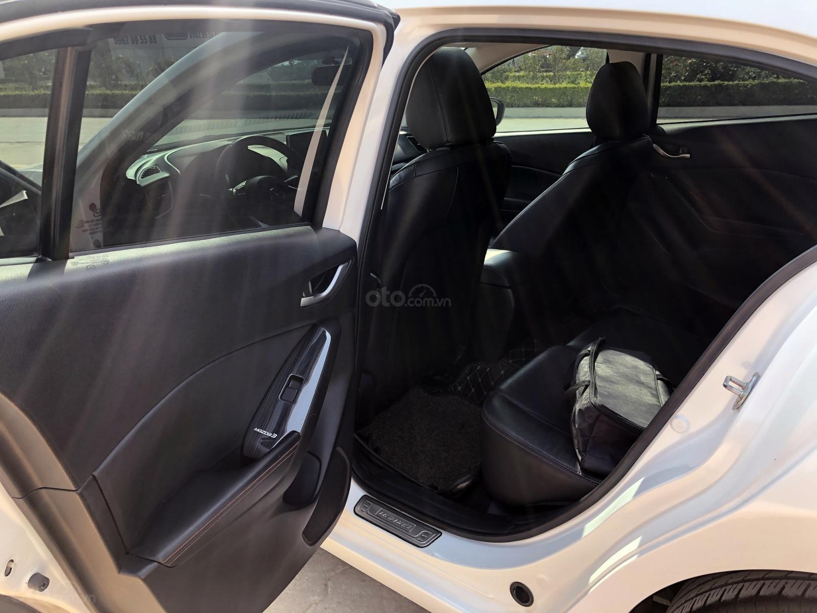 Bán xe Mazda 3 1.5 Hatchback AT năm sản xuất 2016, màu trắng (7)