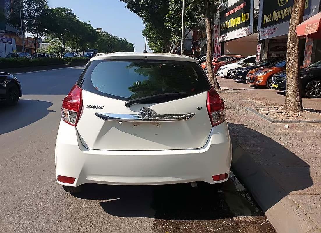 Cần bán Toyota Yaris 1.5G sản xuất năm 2017, màu trắng, nhập khẩu (2)