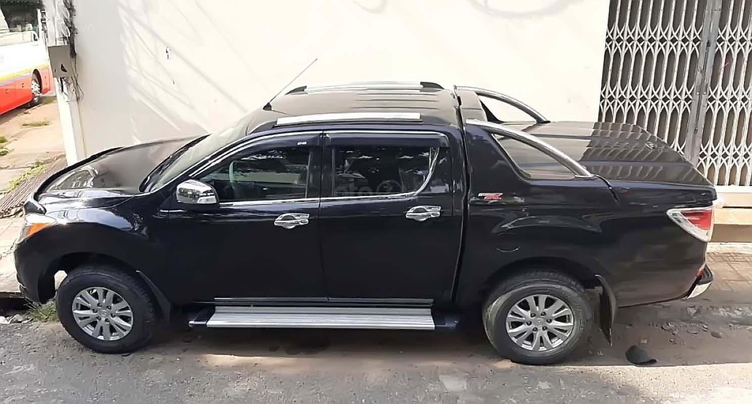 Bán Mazda BT 50 3.2L 4x4 AT 2013, màu đen, nhập khẩu, số tự động  (2)