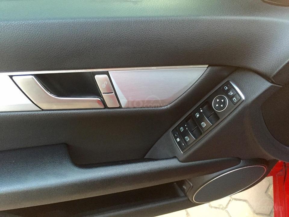 Mercedes-benz C200, sản xuất năm 2011 (11)