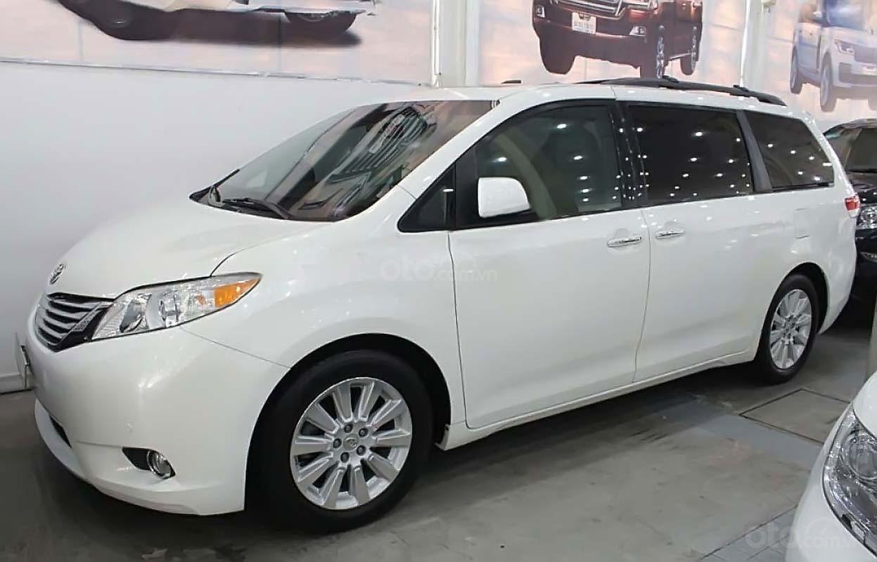 Bán xe Toyota Sienna Limited 3.5 2012, màu trắng, xe nhập (1)
