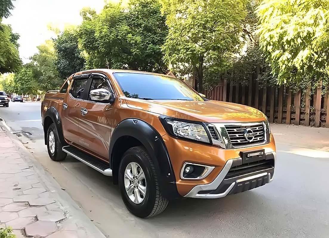 Cần bán lại xe Nissan Navara sản xuất năm 2019, nhập khẩu chính hãng (1)