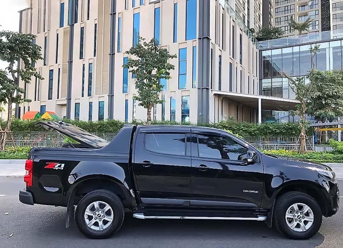 Cần bán lại xe Chevrolet Colorado năm sản xuất 2018, màu đen, xe nhập chính hãng (2)