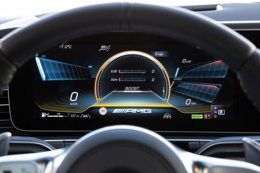 Đánh giá xe Mercedes-AMG GLE 53 2020: đồng hồ lái điện tử