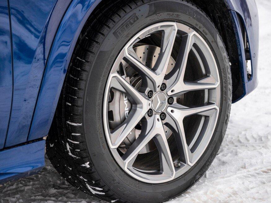 Đánh giá xe Mercedes-AMG GLE 53 2020: bánh xe