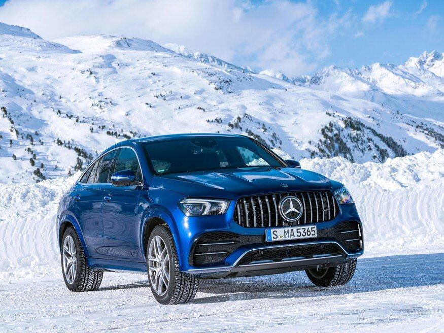 Đánh giá xe Mercedes-AMG GLE 53 2020: góc 3/4 đầu xe