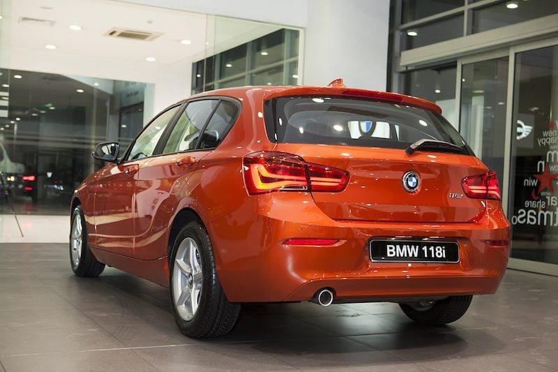 Thông số kỹ thuật xe BMW 118i 2020 a3
