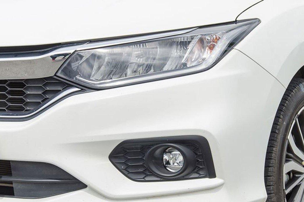 Thiết kế đèn pha xe Honda City 2020 1