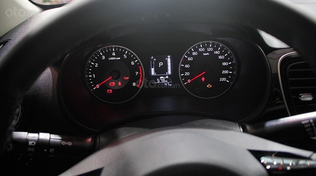 Đồng hồ lái trên xe Honda City 2020 a2