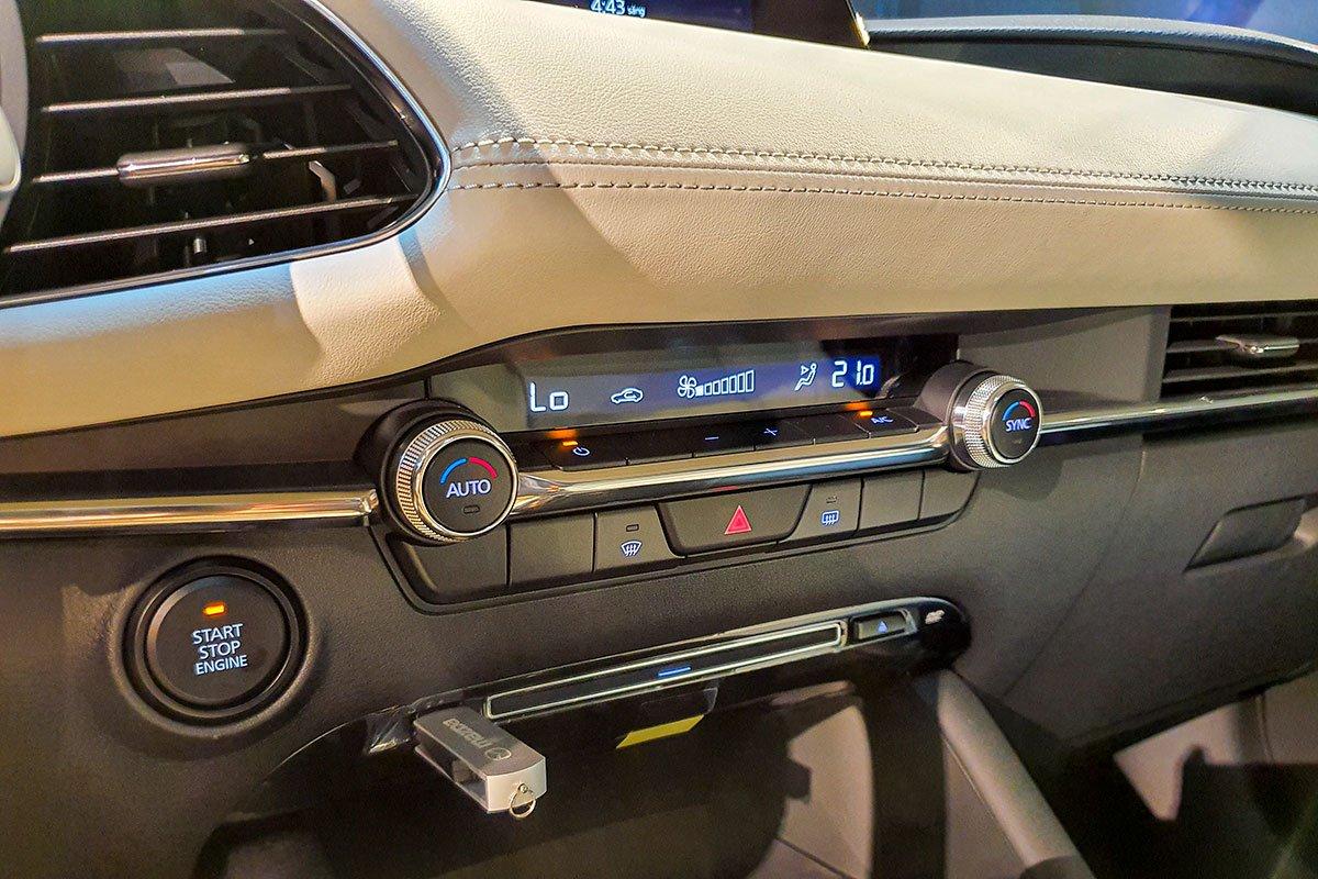 Các trang bị tiêu chuẩn trên xe Mazda 3 2020 1