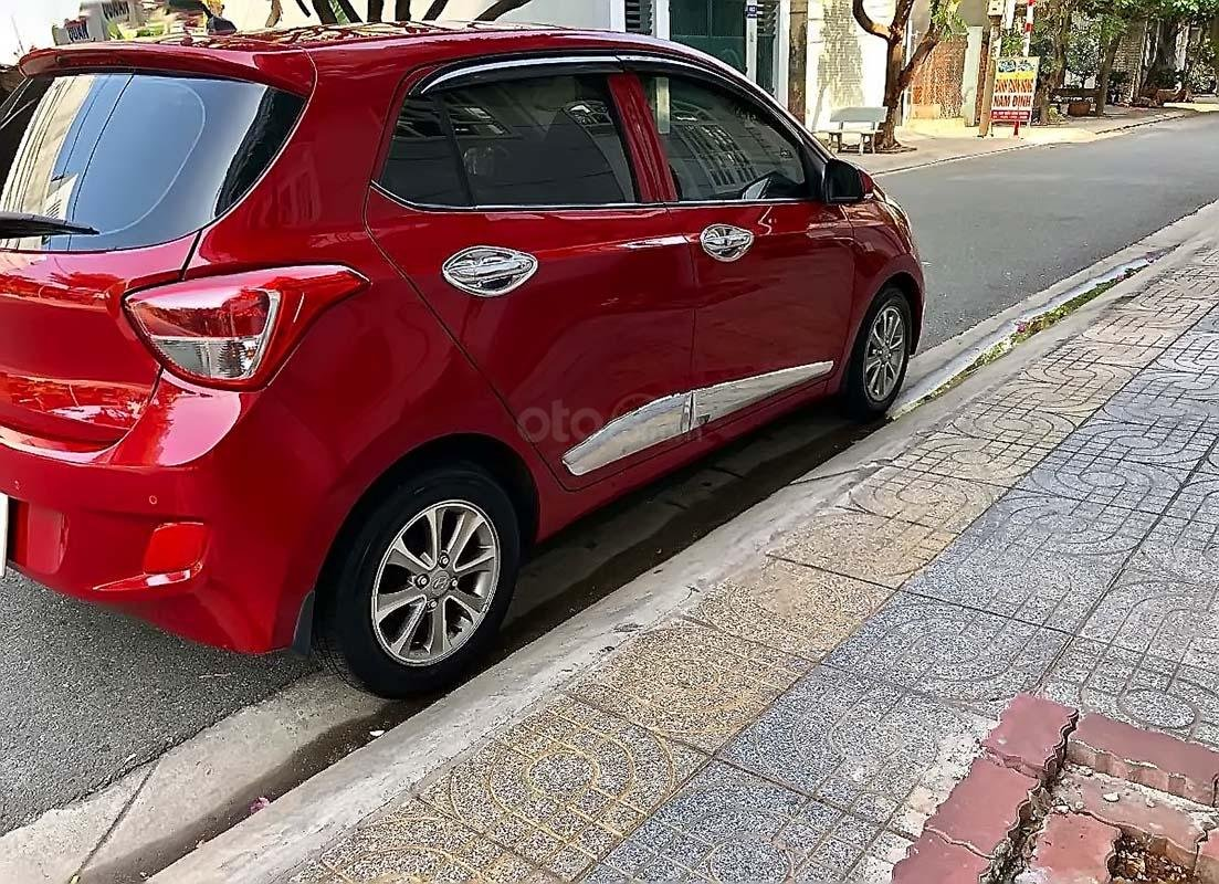 Cần bán Hyundai Grand i10 1.0 AT sản xuất năm 2016, màu đỏ, nhập khẩu nguyên chiếc như mới (2)