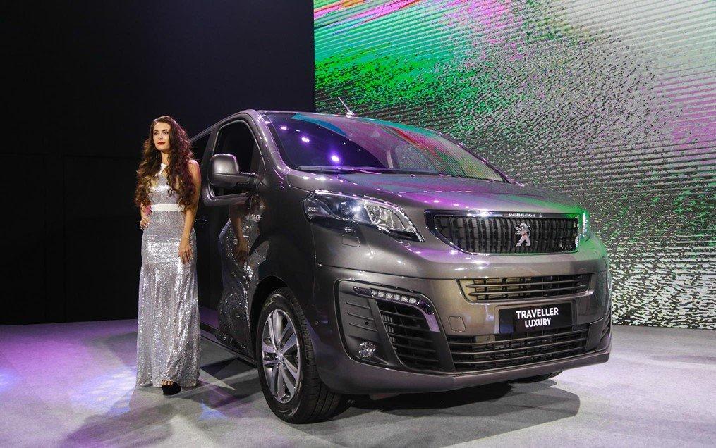 Giá xe Peugeot Traveller 2020 mới nhất