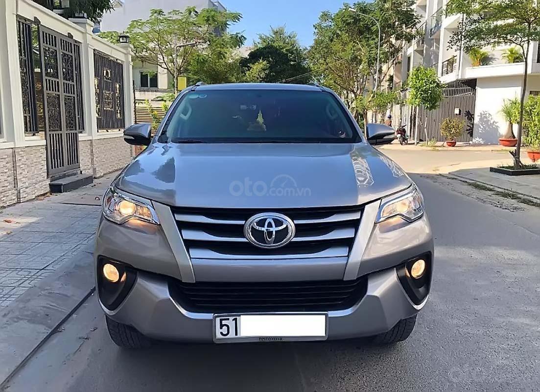 Bán Toyota Fortuner MT 2018, màu bạc, nhập khẩu nguyên chiếc  (1)