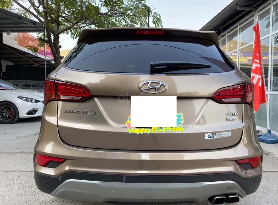 Bán xe Hyundai Santa Fe 2.2L 4WD năm sản xuất 2016, màu nâu (2)