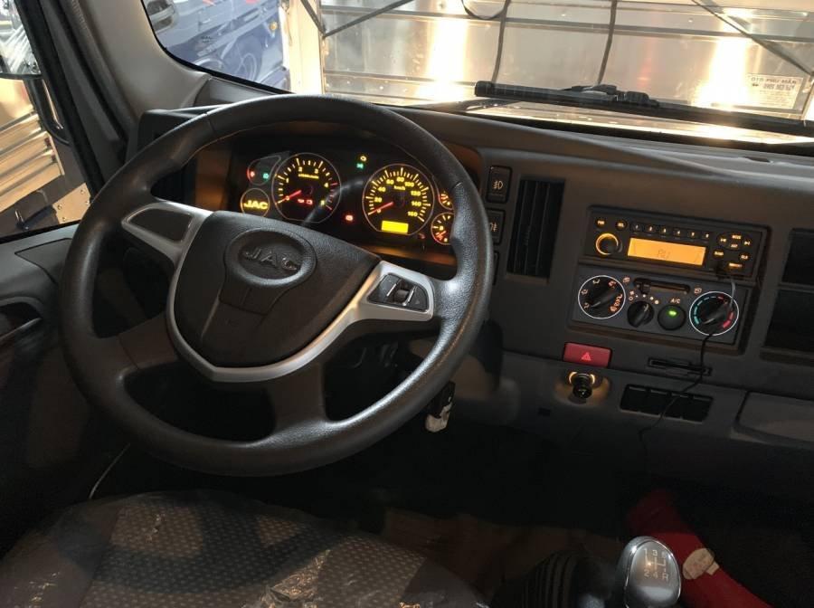 Xe tải JAC HFC N200 1.9 tấn động cơ isuzu, giá cạnh tranh, giao nhanh (6)