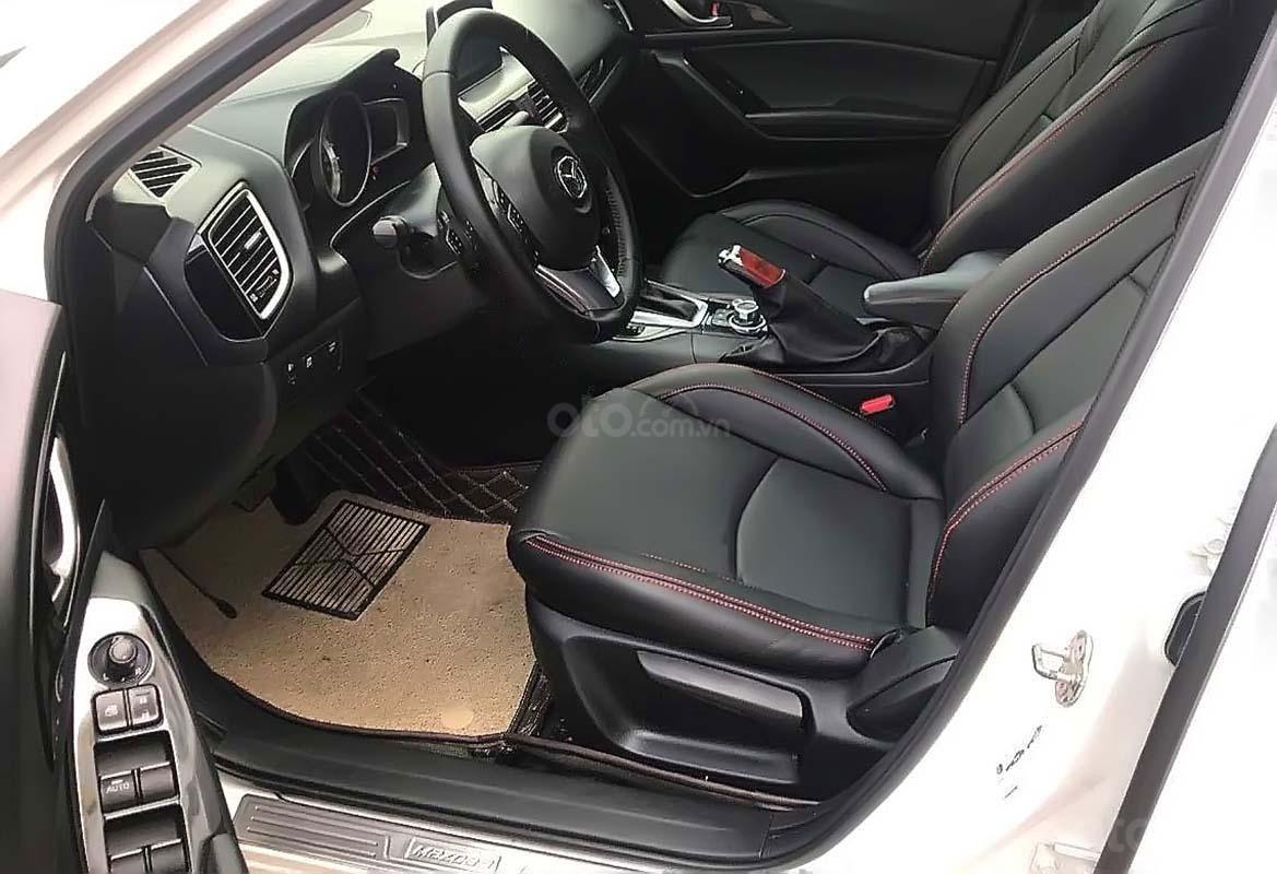 Bán Mazda 3 1.5 AT sản xuất năm 2017, màu trắng (2)