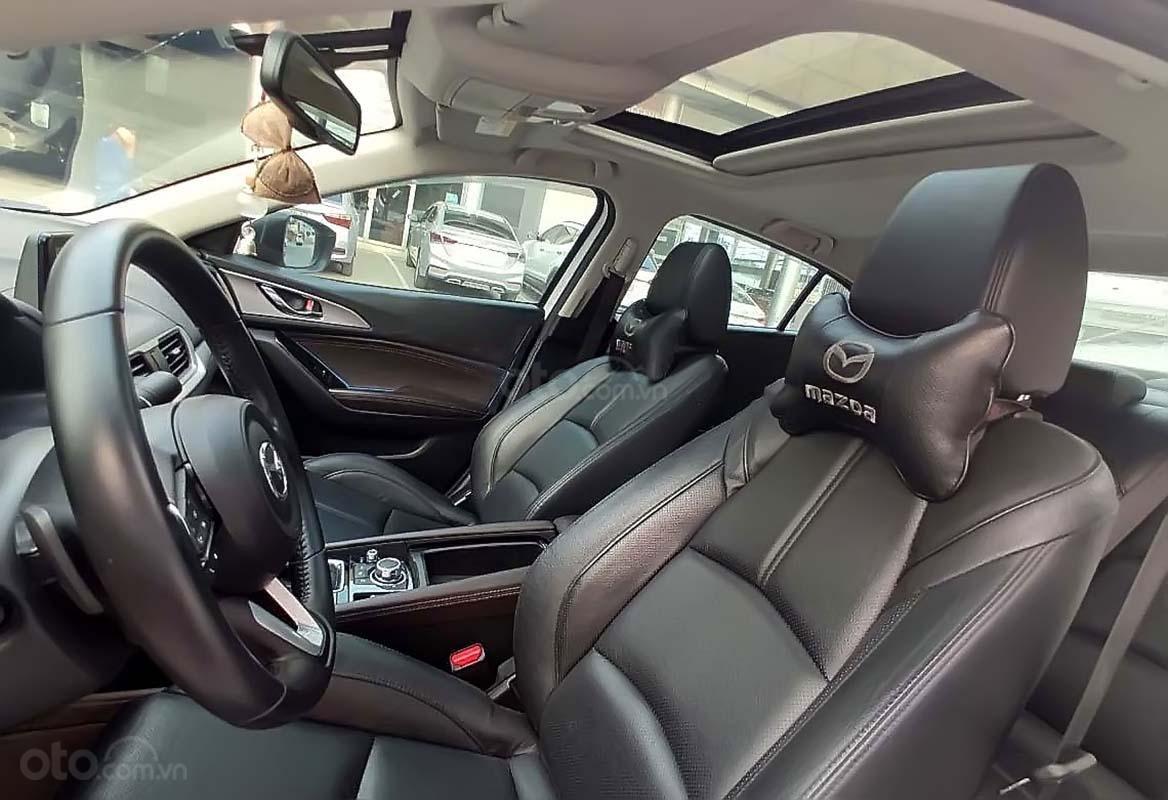 Cần bán xe Mazda 3 1.5 AT 2018, màu trắng (3)