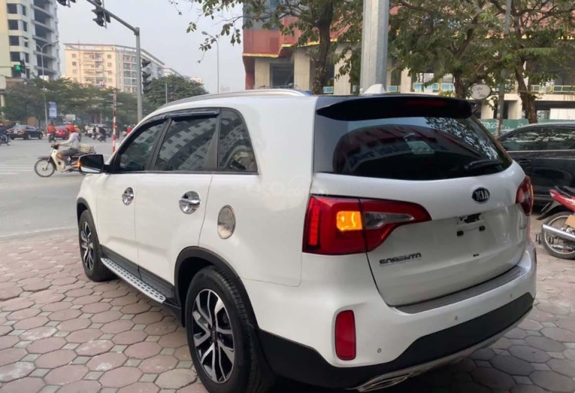 Bán Kia Sorento 2.2 DAT Premium 2019, màu trắng, 945tr (2)