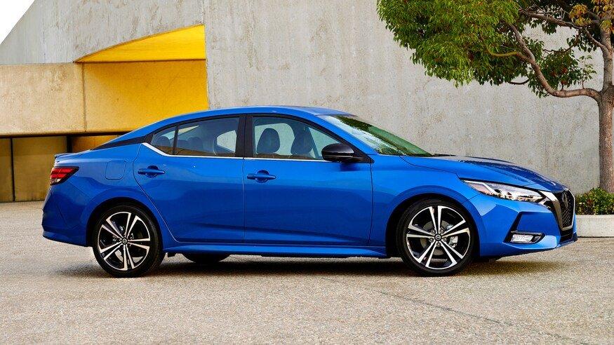 Đánh giá xe Nissan Sentra 2020 về động cơ: chính diện thân xe
