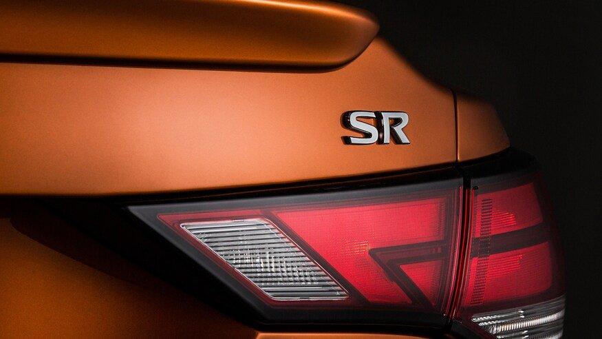 Đánh giá xe Nissan Sentra 2020 về đuôi xe: đèn hậu