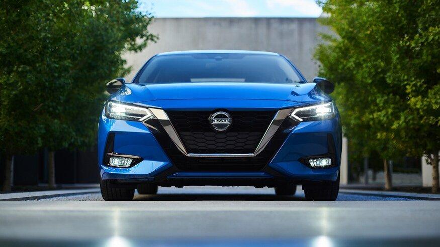 Đánh giá xe Nissan Sentra 2020 về cảm giác lái.
