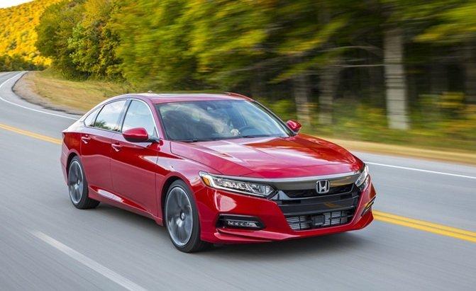 Top 10 mẫu sedan thoải mái nhất năm 2019 - Honda Accord