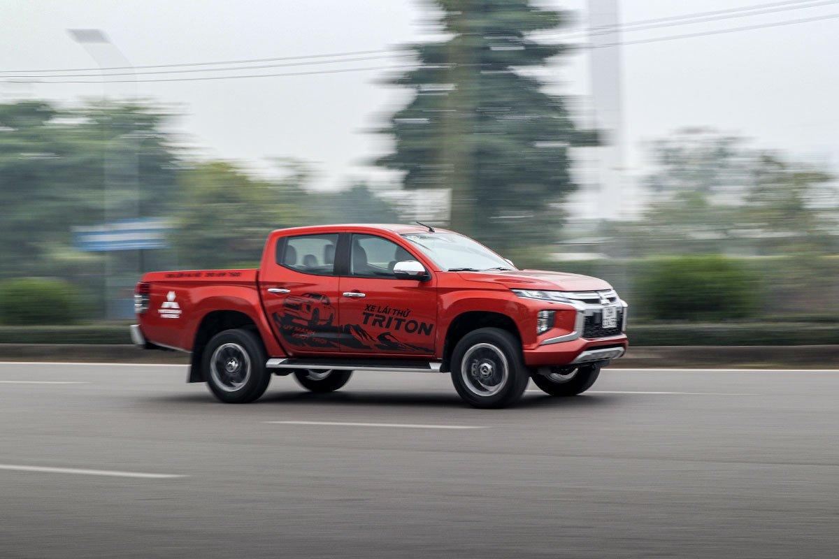 Đánh giá xe Mitsubishi Triton 2020: Một sự lựa chọn đáng tiền nếu không muốn lấy Ford Ranger.