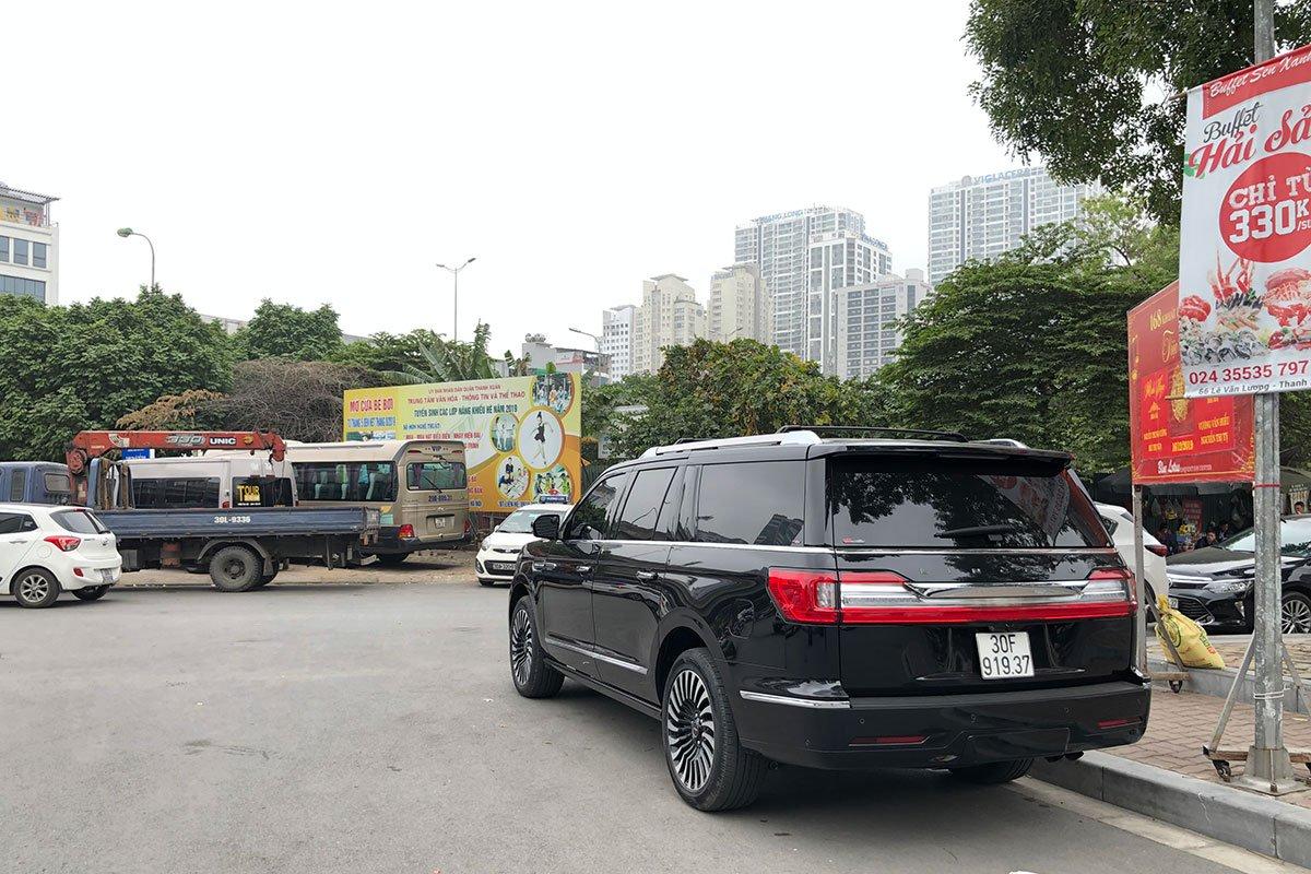 Ưu nhược điểm xe Lincoln Navigator 2019 a8