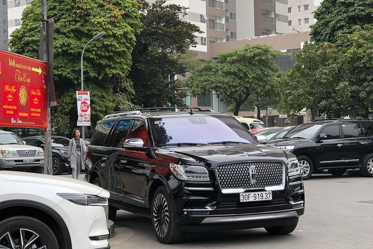 nhược điểm xe Lincoln Navigator 2019 a1