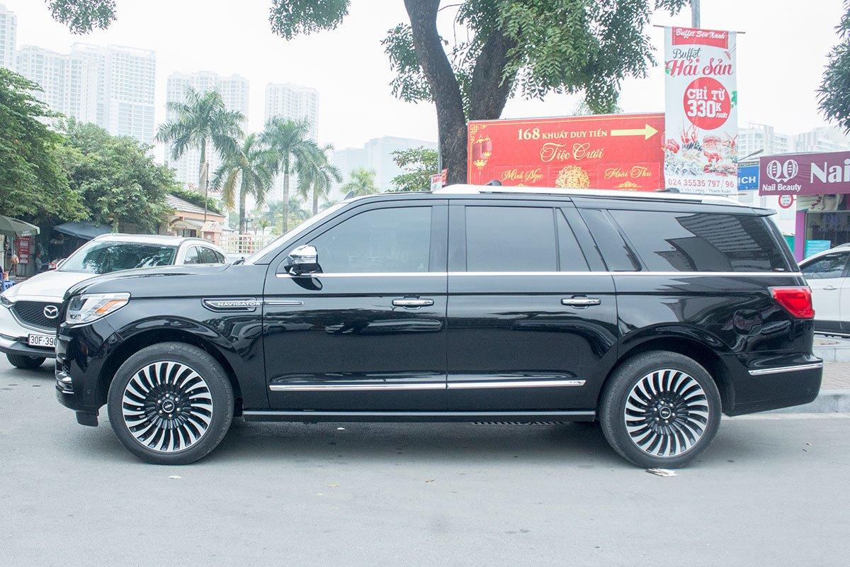 Ưu nhược điểm xe Lincoln Navigator 2019 a51