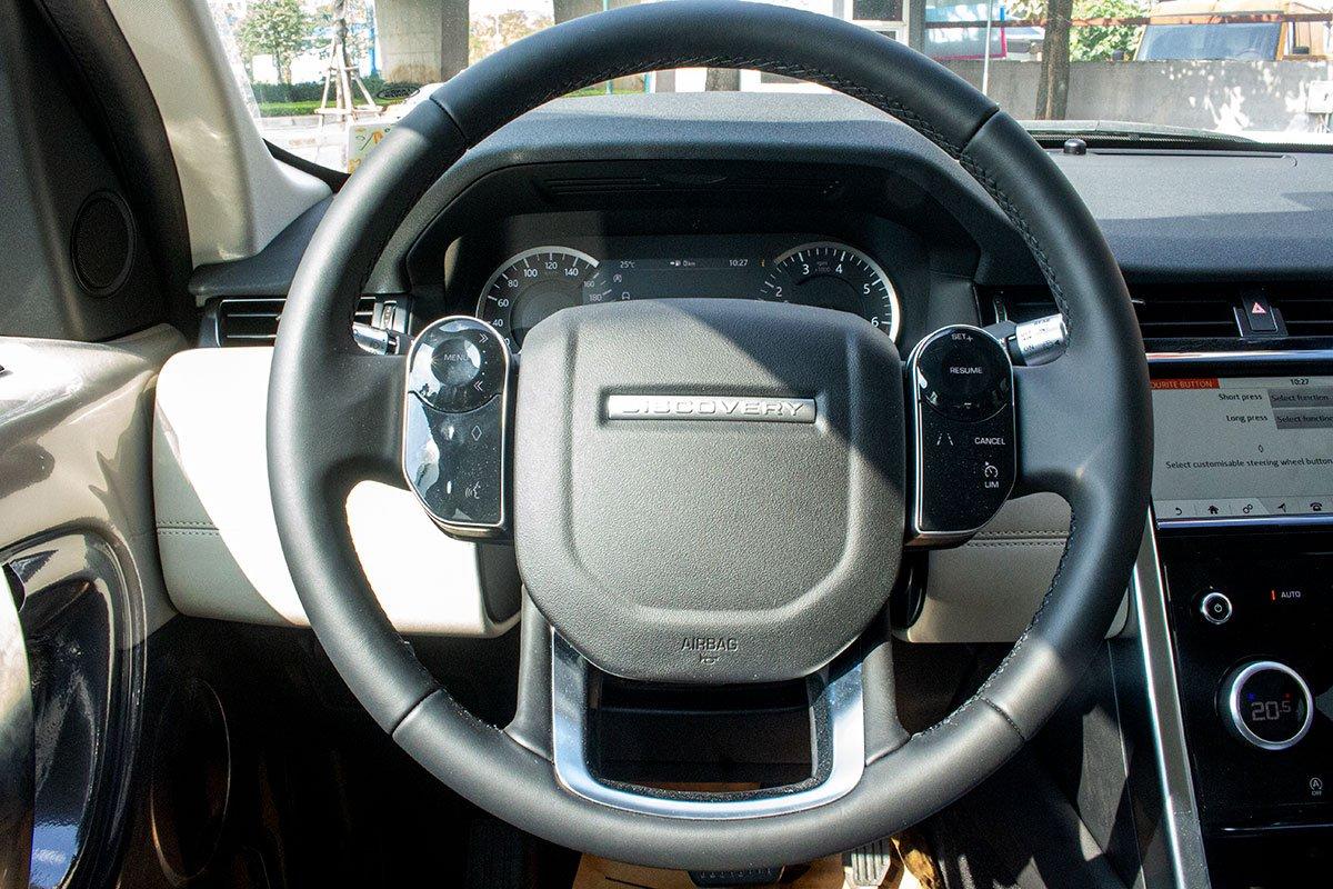 Land Rover Discovery Sport S 2020 và đời cũ khác nhau ở những điểm gì? a19