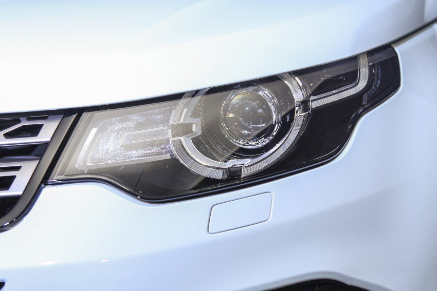 Land Rover Discovery Sport S 2020 và đời cũ khác nhau ở những điểm gì? a10