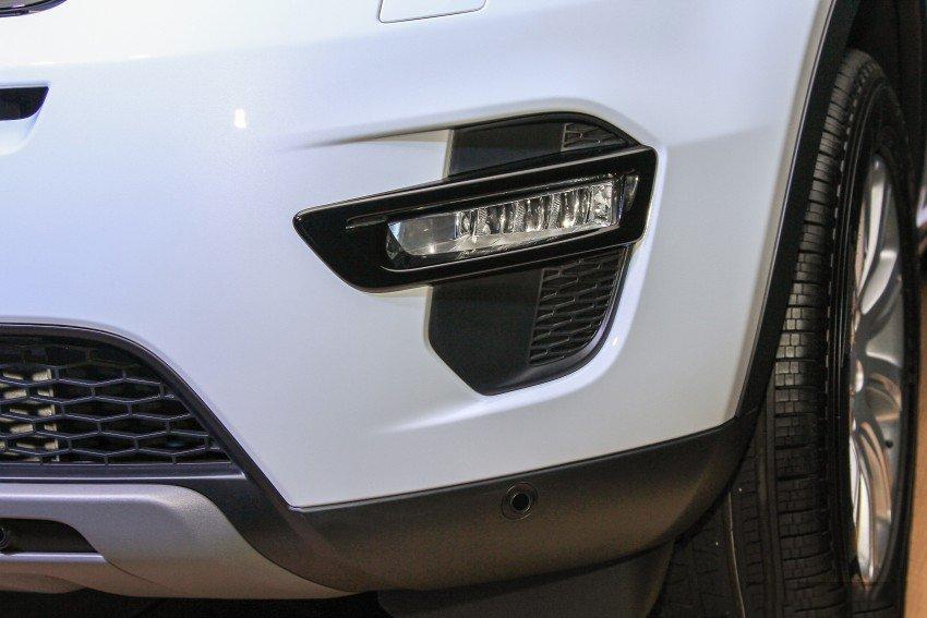 Land Rover Discovery Sport S 2020 và đời cũ khác nhau ở những điểm gì? a12