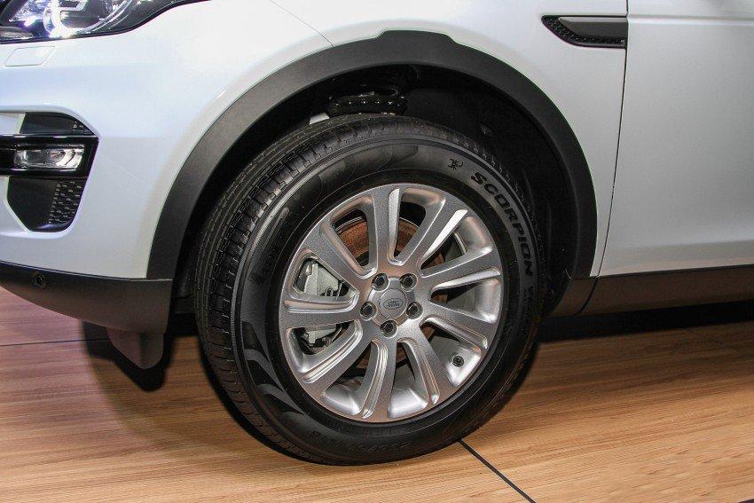 Land Rover Discovery Sport S 2020 và đời cũ khác nhau ở những điểm gì? a14