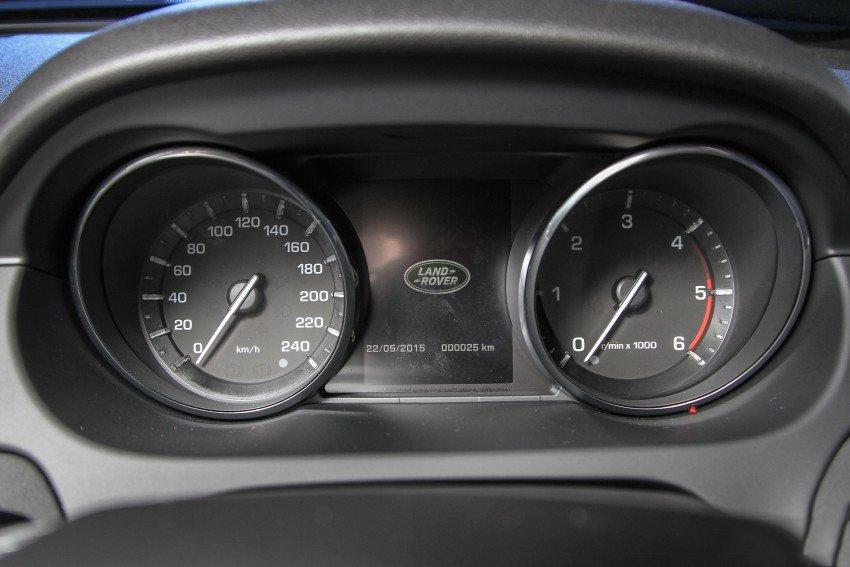 Land Rover Discovery Sport S 2020 và đời cũ khác nhau ở những điểm gì? a26