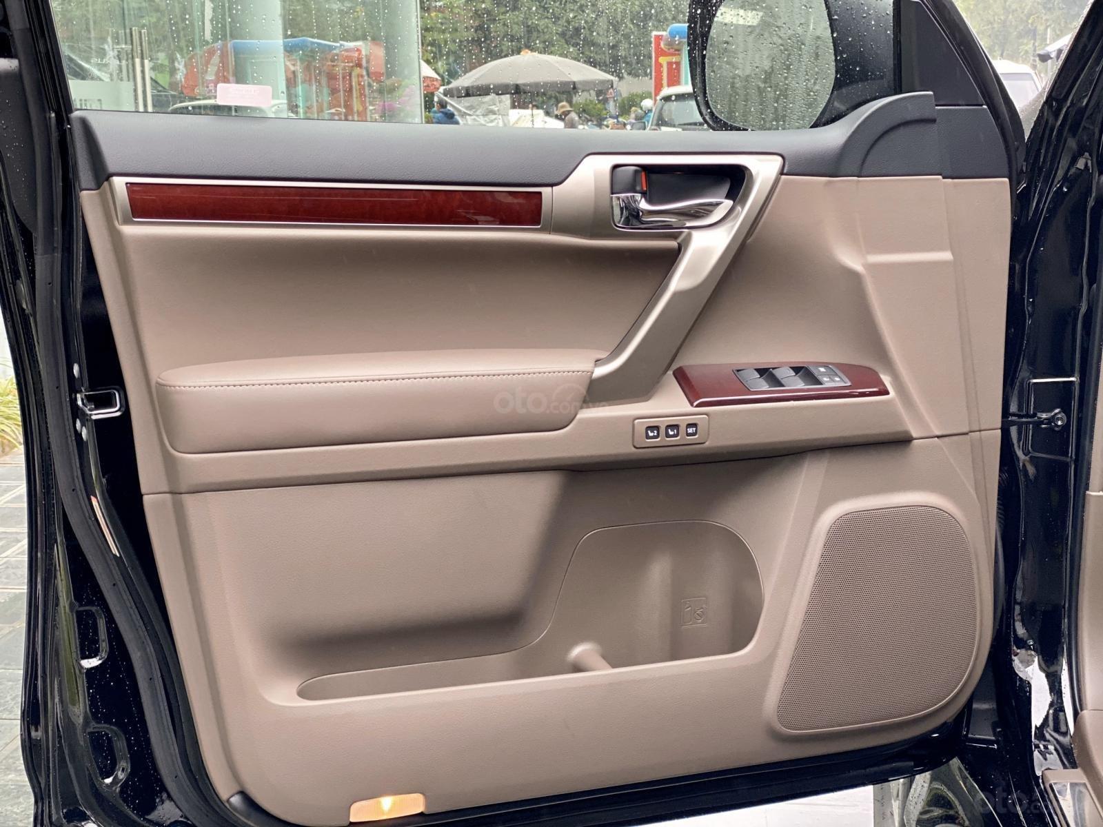 Bán ô tô Lexus GX 460 Luxury full option sản xuất 2019, màu đen, xe nhập Mỹ mới 100% (16)