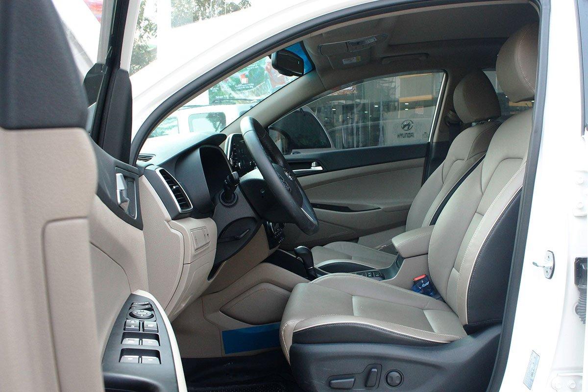 Ảnh chụp ghế trước xe Hyundai Tucson 2020